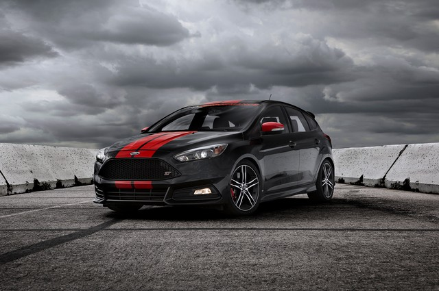 فورد فوکس ST پرفورمنس مدل 2015