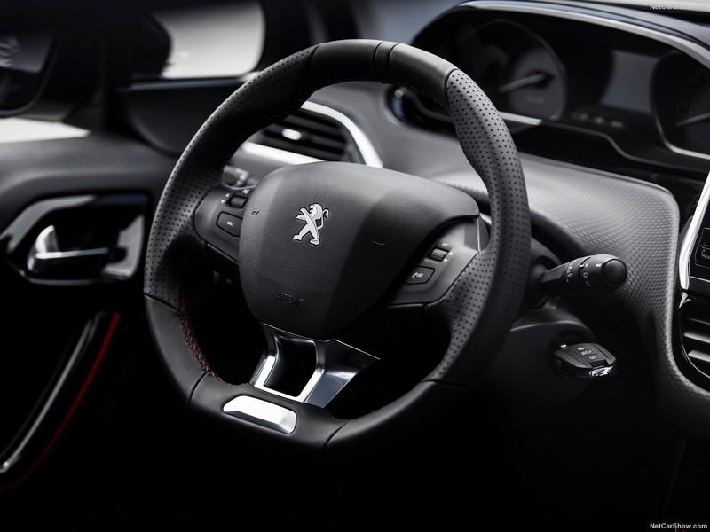 پژو 2008 مدل 2017