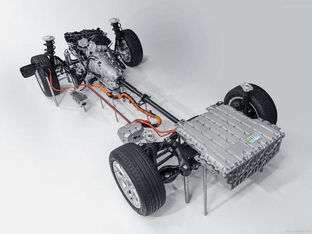 بی ام و 330e مدل 2016