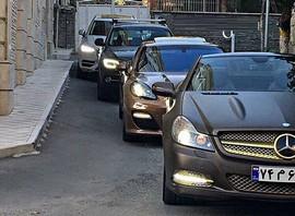 می بایستی دولت واردات خودروهای بالای 2500 سی سی را آزاد کند