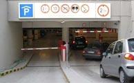 سرقت خودروهای مردم از پارکینگ عمومی!