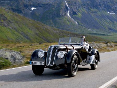 بی ام دبلیو 328 ،  یکی از زیباترین خودروهای کلاسیک