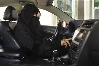 هدف بسیاردندان گیر خودروسازان خارجی : 9 میلیون زن سعودی