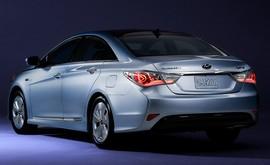 هیوندای برای خودروهای هیبریدی خود فراخوان داد