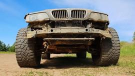 BMW X5 اوراقی به آفرودی لجام گسیخته تبدیل شد!