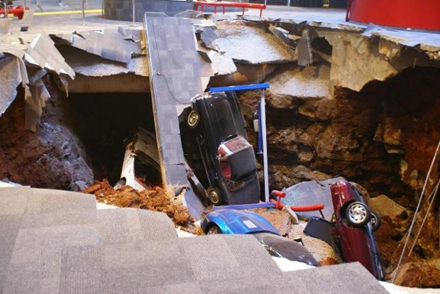 حادثه تلخ در موزه شورولت+عکس
