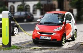 رهبرهای تولید خودروهای برقی را بشناسید
