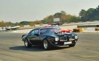 گزارش تصویری از همایش خودروهای کلاسیک در پیست آزادی