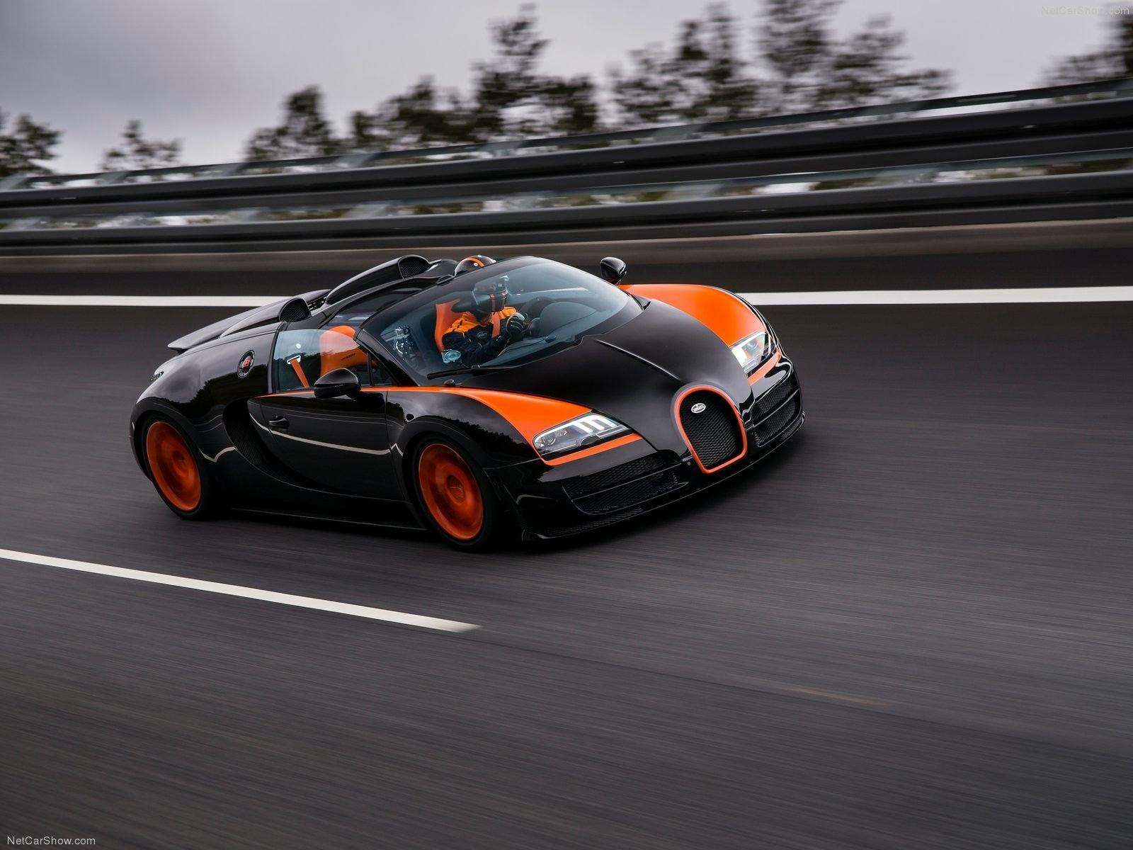 بوگاتی ویرون، رکورددار حداکثر سرعت خودرو بدون سقف جهان
