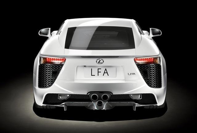 آواز شکننده و سهمگین موتور لکسس LFA